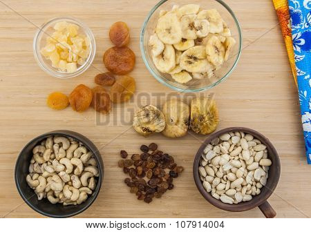 Dried fruits and the nuts