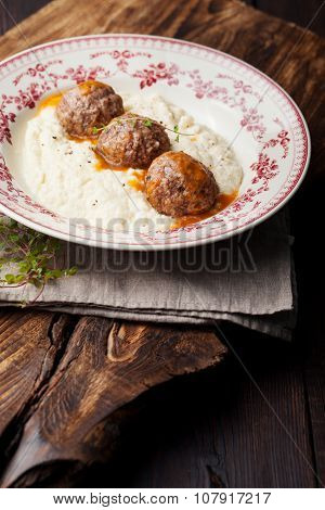 Meatballs, duck meat, with apple sauce and mashed celery, potato