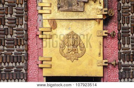 Glass Bottle Temple Khunhan Thailand Asian Temples Buildings And Culture Crematorium Door