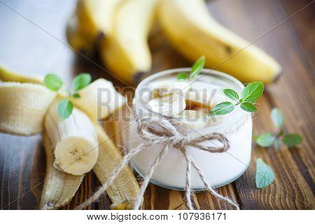 Sweet Banana Yogurt