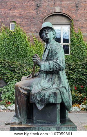 Statue of Hans Christian Andersen in Copenhagen, Denmark
