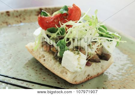 healthy plated sandwich