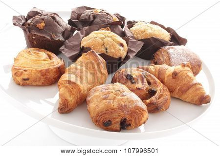 baked breakfast pastries