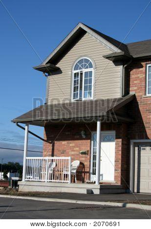 neue townhouse