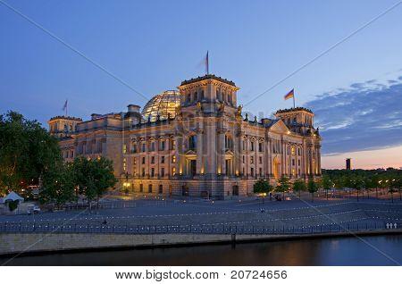 Reichstag Nacht