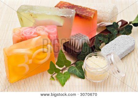 Bath Spa Items