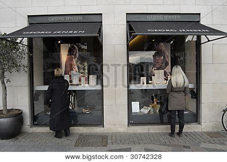 Denmark_business Window Shoppers