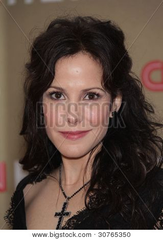 LOS ANGELES - DEC 11: Mary-Louise Parker kommt nach der CNN Heroes: All-Star Tribute 2011 auf Decem