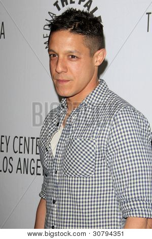 LOS ANGELES - MAR 7:  Theo Rossi arrives at the