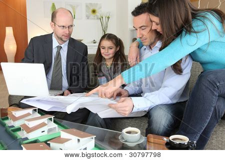 Family with realtor