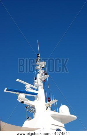 Yacht Mast Head