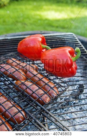 Sausage And Sweet Red Pepper, Roasted On The Grill