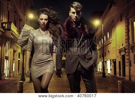 Sexy couple in the city