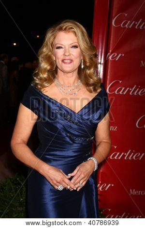 LOS ANGELES - JAN 5:  Mary Hart arrives at the 2013 Palm Springs International Film Festival Gala  at Palm Springs Convention Center on January 5, 2013 in Palm Springs, CA