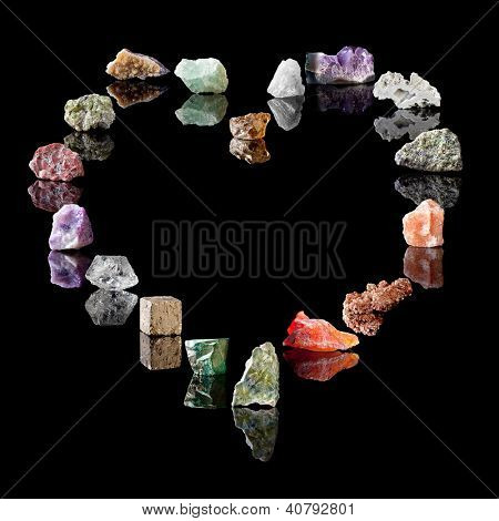 Gemstones and birthstones. Smokey Quartz, Rock Crystal, Amethyst, Agate, Olivine, Rock Salt, Vanadinite, Chalcedone, Wavellite, Malachite, Pyrite, Quartz, Fluorite, Jasper, Peridote, Citrine, Fluorite