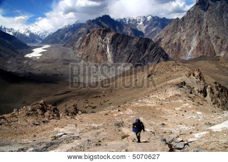 Trekking In Karakorum