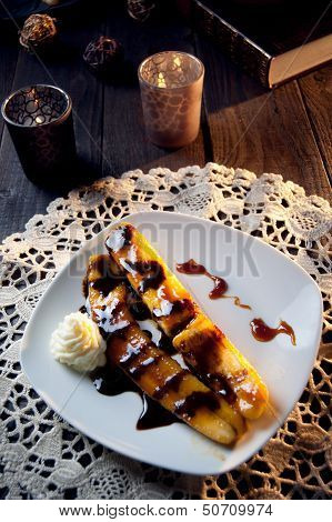 Delicious Fried Banana Dessert With Chocolate