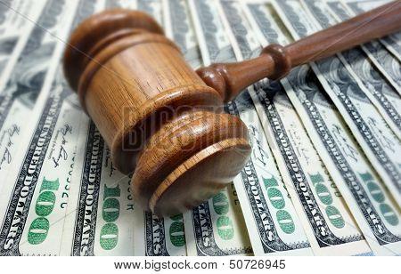 Gericht Gavel und Geld