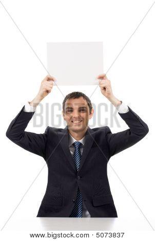 Hombre con papel