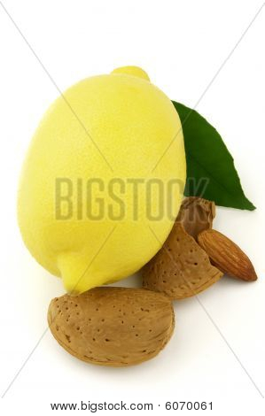 Lemon With Almond