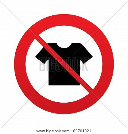 T-shirt sign icon. Clothes symbol.