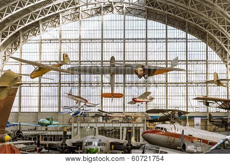 Vintage Airplanes Display