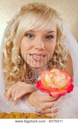 Green-eyed Bride