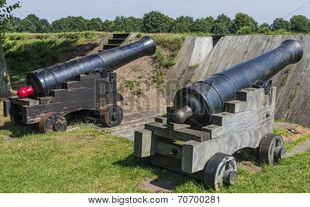 Canon At Fortress Bourtange