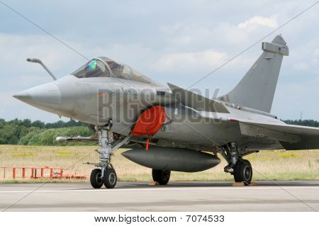 French jetfighter