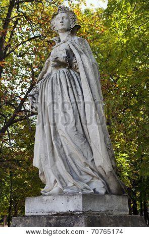Marie Stuart Statue In Jardin Du Luxembourg In Paris