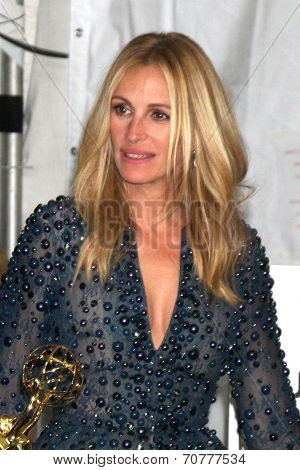 LOS ANGELES - AUG 25:  Julia Roberts at the 2014 Primetime Emmy Awards - Press Room at Nokia Theater at LA Live on August 25, 2014 in Los Angeles, CA