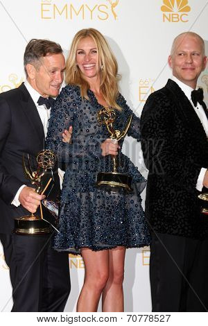 LOS ANGELES - AUG 25:  Dante Di Loreto, Julia Roberts, Ryan Murphy at the 2014 Primetime Emmy Awards - Press Room at Nokia Theater at LA Live on August 25, 2014 in Los Angeles, CA