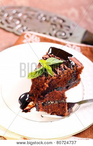 Prune And Chocolate Torte