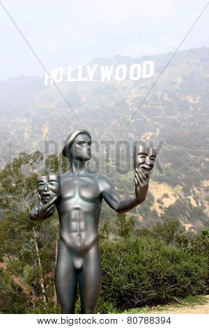 LOS ANGELES - JAN 20:  Screen Actor's Guild Actor, Hollywood Sign in fog at the AG Awards Actor Visits The Hollywood Sign at a Hollywood Hills on January 20, 2015 in Los Angeles, CA