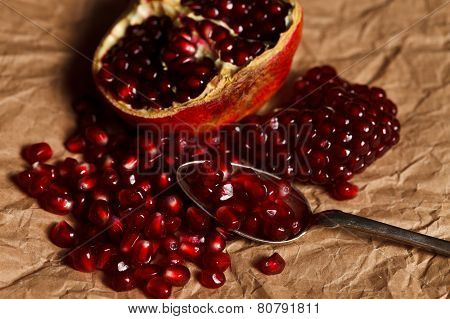 Pomegranate Seeds With Teaspoon