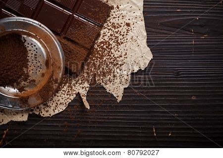 Chocolate With Cocoa Powder