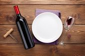 image of plating  - Table setting with empty plate - JPG
