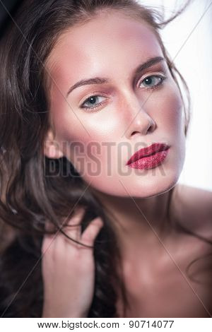 beautiful lady with a pleasant face