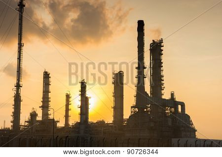Oil Refinery Power Station At Sunshine