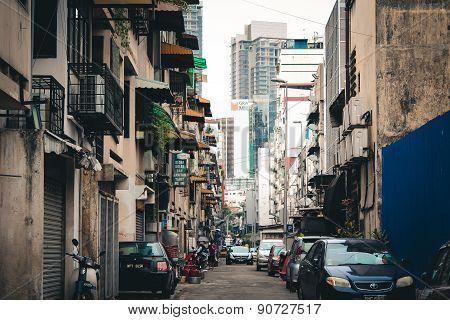 Hidden street.