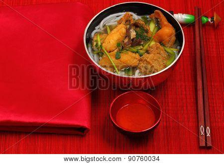 Vietnamese Chicken Noodle Soup