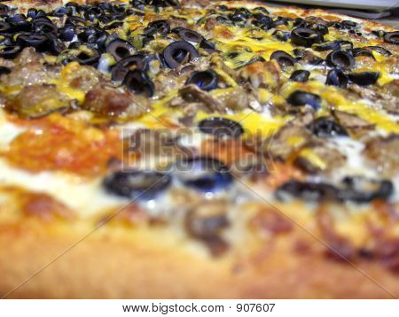 Close Up Pizza