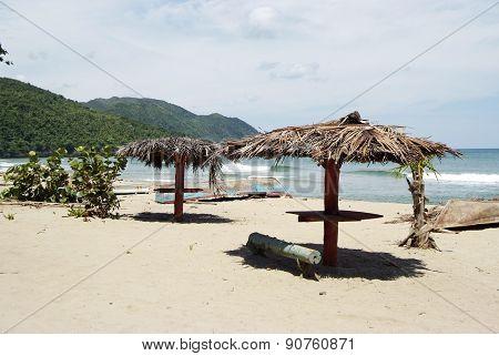 Tropical beach in Cayo Levantado, Dominican Republic.
