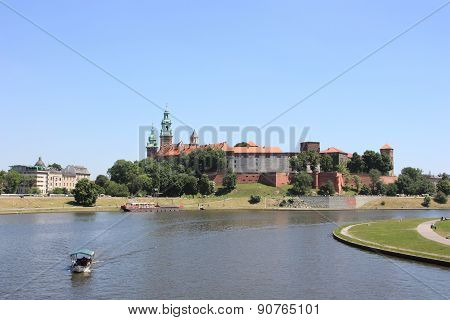 Krakow Castle and river