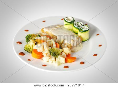 Roasted chicken fillet with vegetables