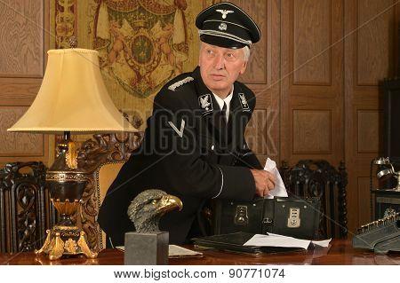 German spy steals