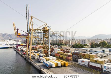 Shipping Containers In Palermo
