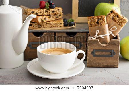 Granola bars for breakfast to go