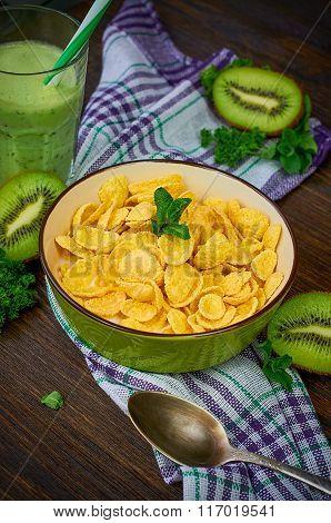 Cornflakes with kiwi smoothie