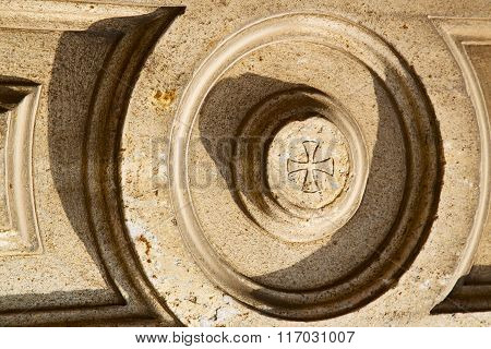 Lonate  Lombardy Italy  Varese Abstract    Of A Curch Circle